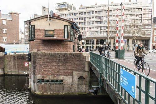 Photo of SWEETS hotel Amsterdam West Overtoomsesluis bridge house Overtoom crossing