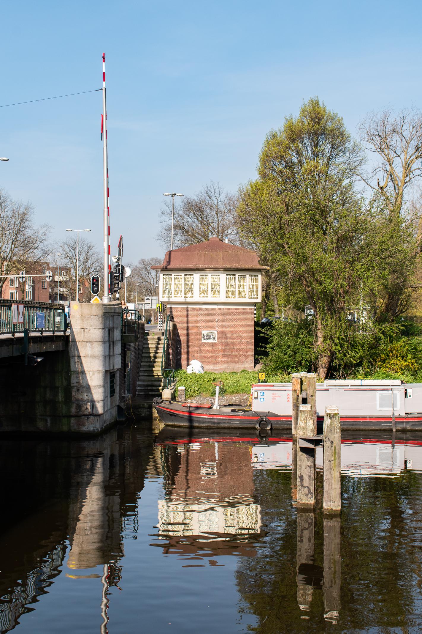 303. Willemsbrug