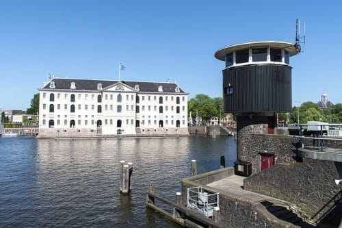 Photo of SWEETS hotel Amsterdam bridge house Kortjewantsbrug exterior surroundings maritime museum scheepvaartmuseum architecture