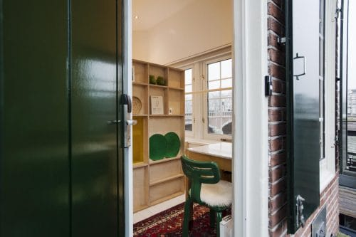 SWEETS hotel Nieuwe Amstelbrug bridge house on Amsterdam canals - design interior with Chubby Chair Dirk van der Kooij close to Albert Cuyp market and De Pijp